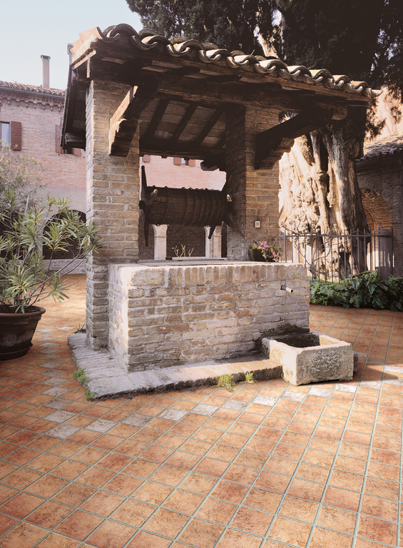 Dlažba na balkon Del Conca - HRN Carpegna - HRN 11 & 5