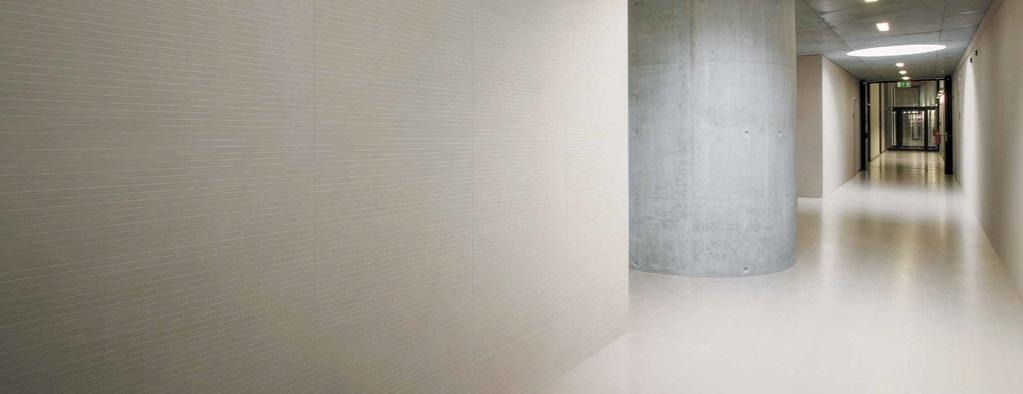 Minimalistická bílá dlažba Coem Ceramiche T.U Cold White