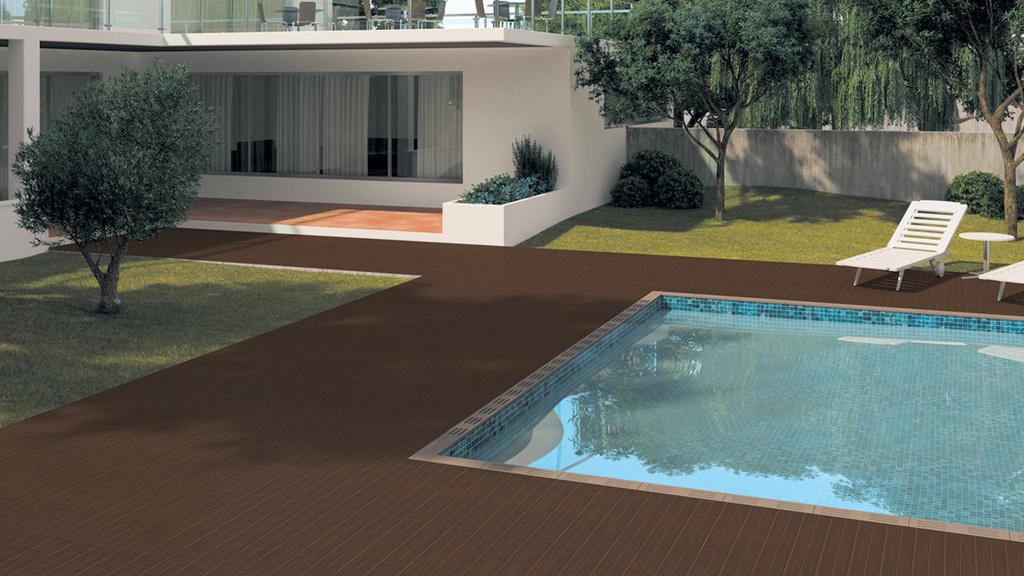 Tmavě hnědá dlažba k bazénu Aleluia Ceramicas Deck Deck