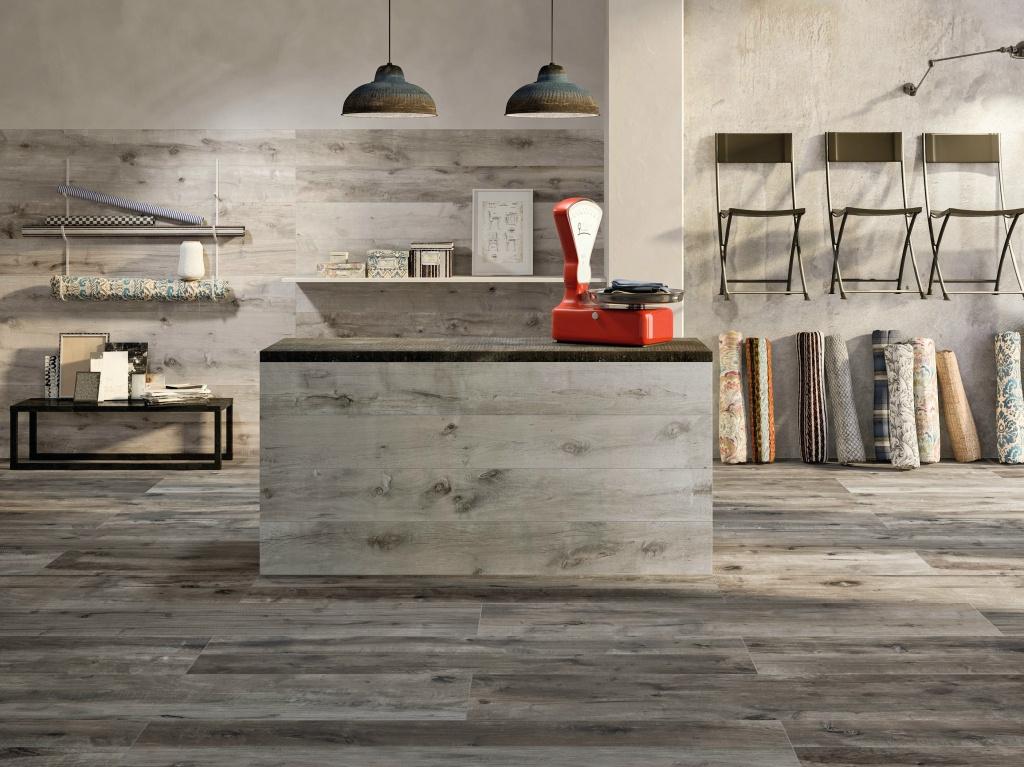 Tmavá rustikální dřevená dlažba Flaviker Dakota Tortora & Grigio