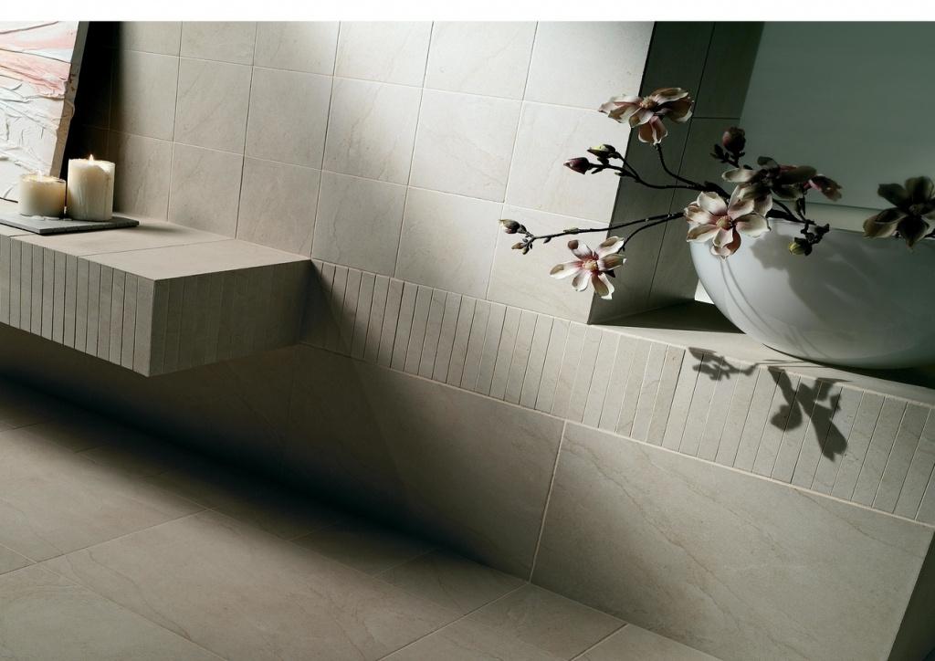 Malé koupelny Cerdomus Pietra di Borgogna Bianco