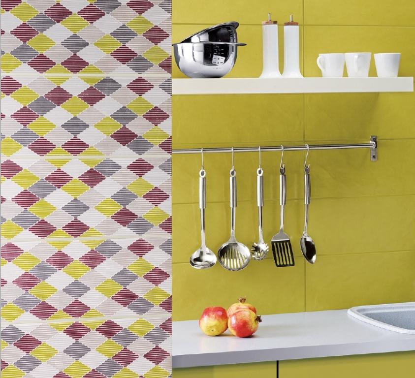 Pastelový obklad do kuchyně s dekorem Ceramic Stucchi Olive a Decor Stamps