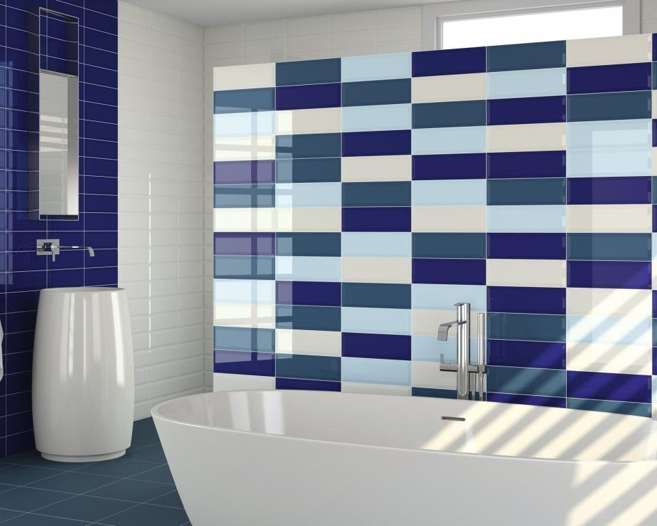 Obklad do koupelny v odstínech modré Ape-Loft