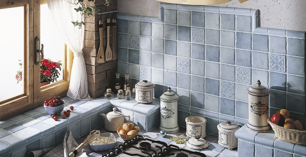Modrý obklad do kuchyně se vzory od výrobce Elios Mithos