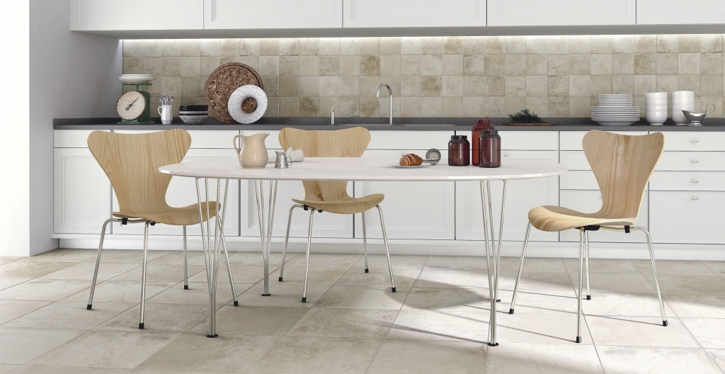 Světlý obklad do kuchyně a dlažba od výrobce Elios Terranova
