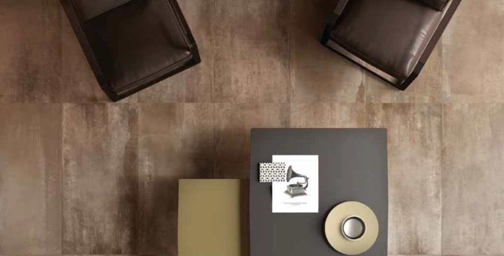 Steel Mud (ABK) - dlažba s kovovým designem