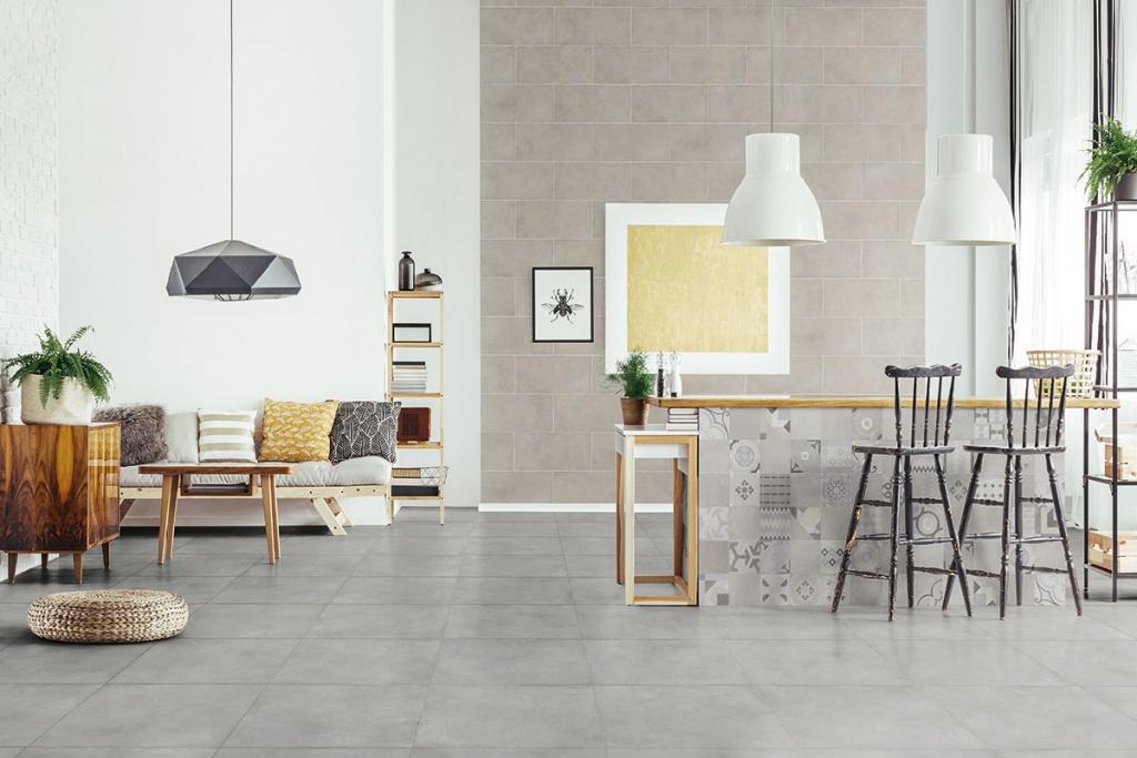 Béžový obklad, obklad se vzory a šedá dlažba od výrobce La Fenice Paris