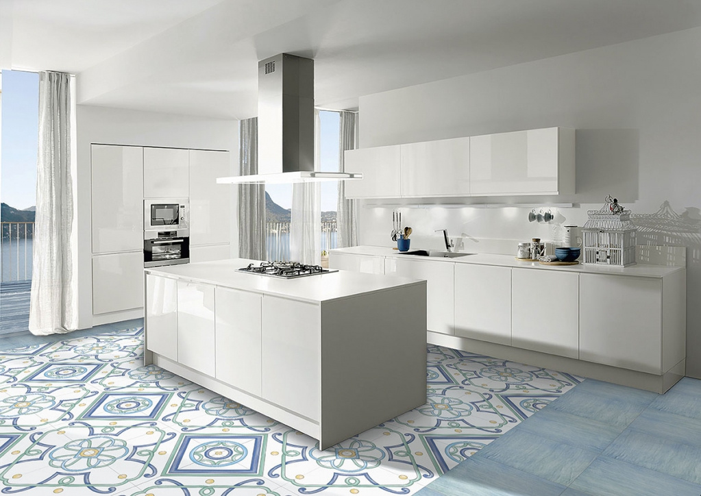 Modrá dlažba a dlažba se vzory do kuchyně od výrobce La Fenice Polveri Vietresi