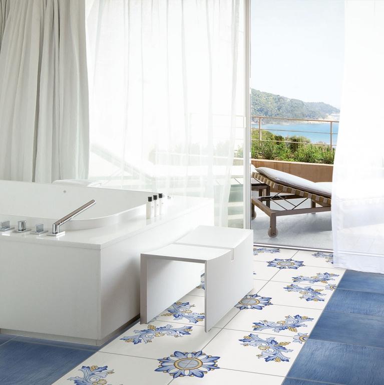 Modrá strukturovaná dlažba a dlažba se vzory od výrobce La Fenice Polveri Vietresi