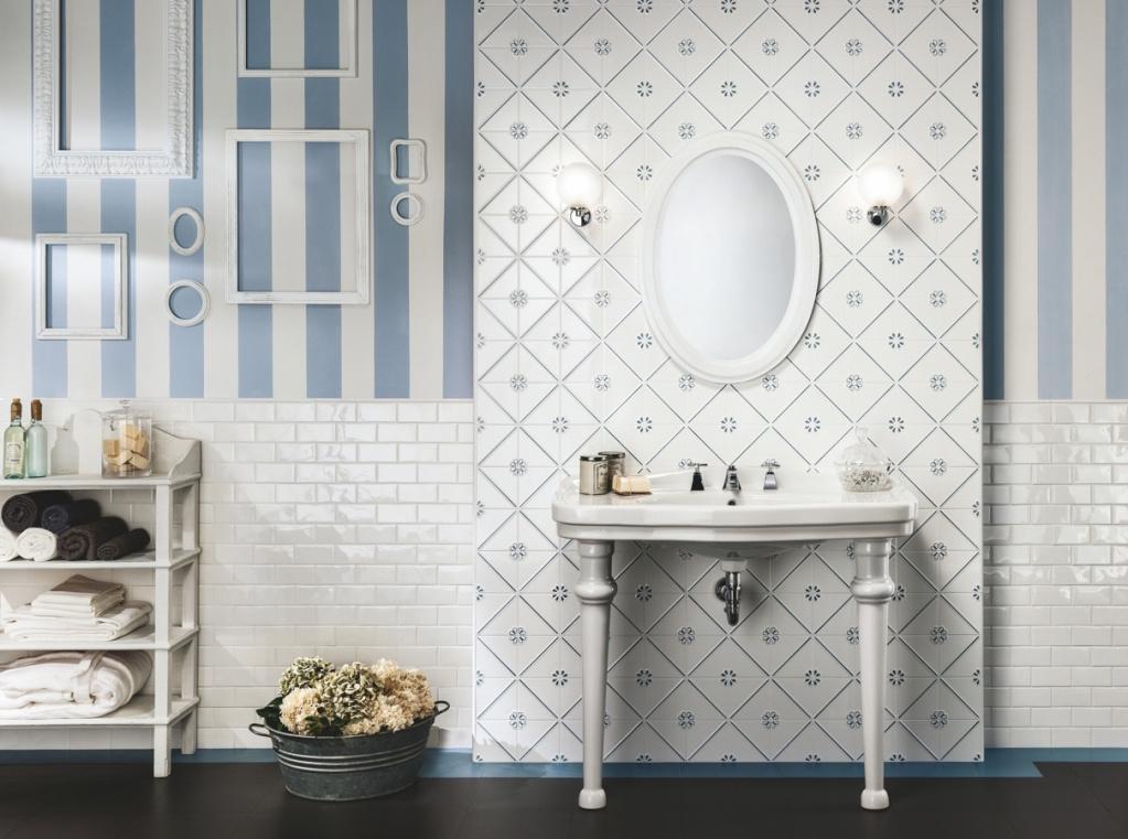 Modro bílá námořnická i romantická koupelna Ceramiche Grazia Formelle