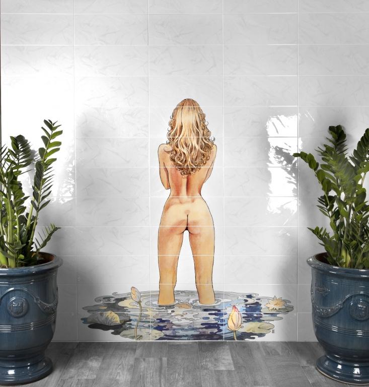Žena v koupelně Del Conca BG Bellagio Milo Manara