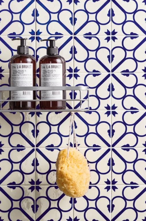 Nádherný majolikový dekor kytka Marca Corona Maiolica