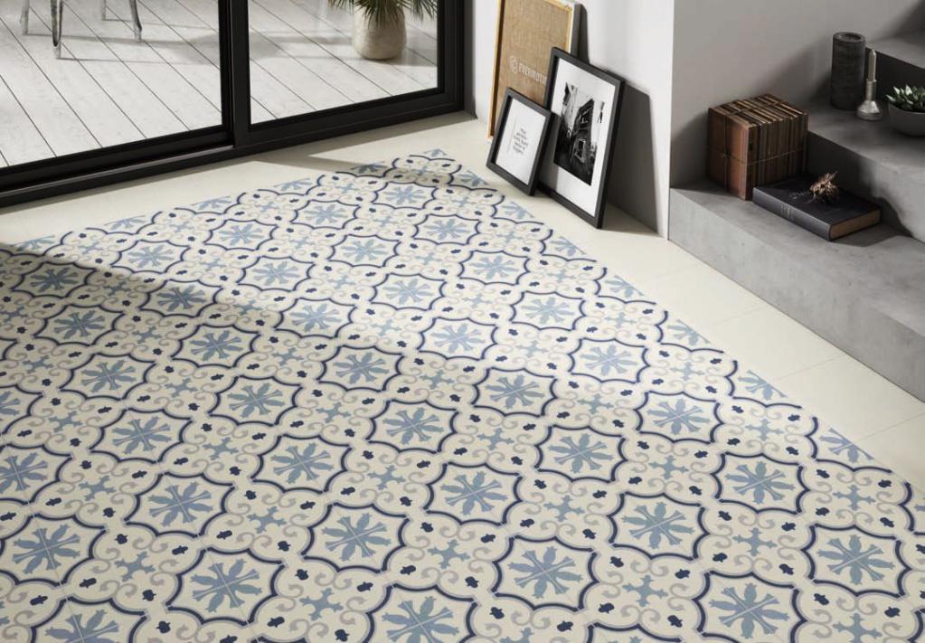Dlažba tvořící dekor hvězd a květin Codicer Riviera Montecarlo Blue