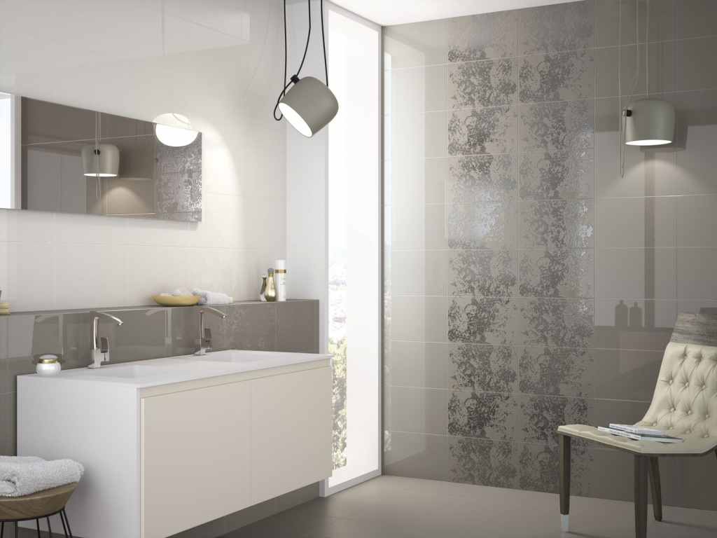 Hnědé koupelnové obklady s dekorem Ape Duma