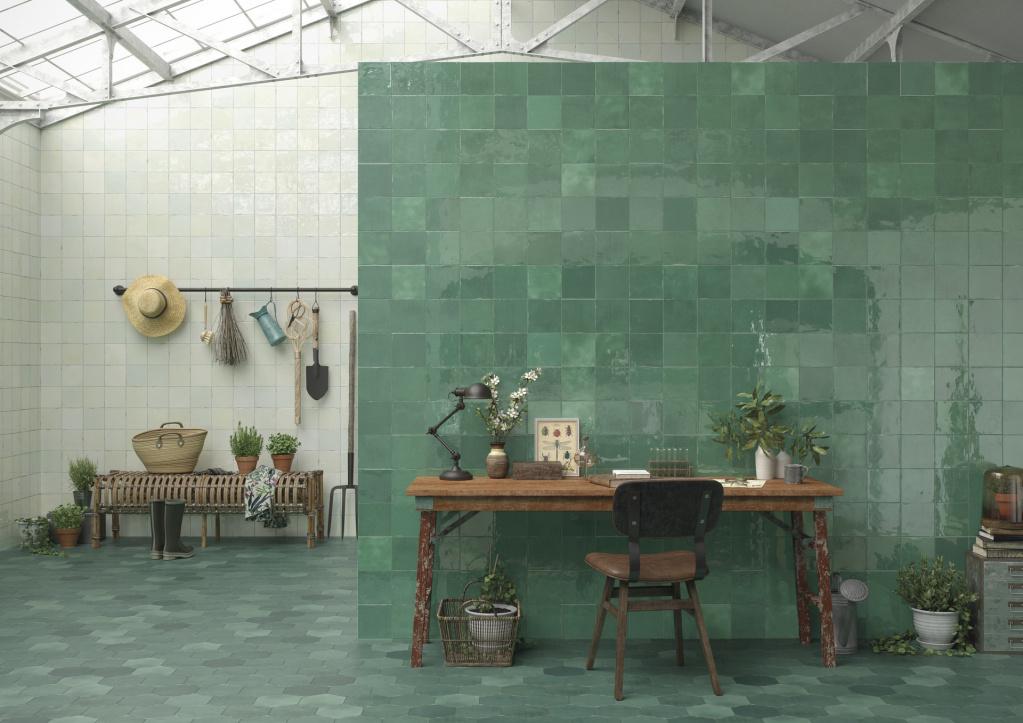 Bílo zelené obklady a zelená dlažba Ape Carmen Souk