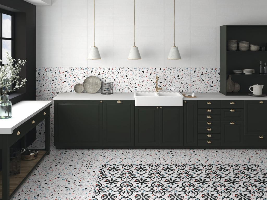 Kuchyně s TERACO dlažbou s dekory APE Carmen Trendy
