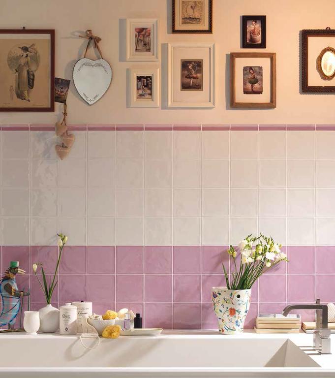 Koupelny v paneláku Tonalite Kraklé Bianco & Glicine