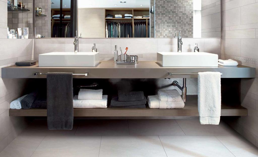 Bílá dlažba v koupelně Cerdomus Lefka White