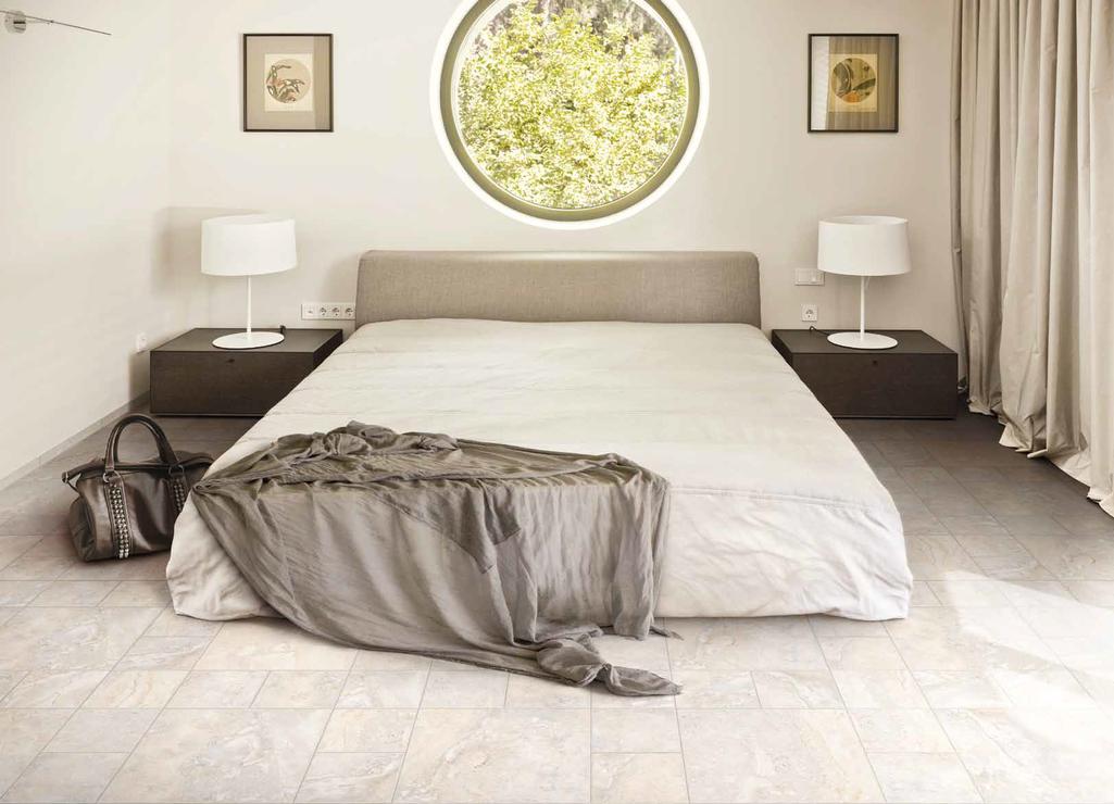 Mramorová dlažba v ložnici Cerdomus Regis Bianco
