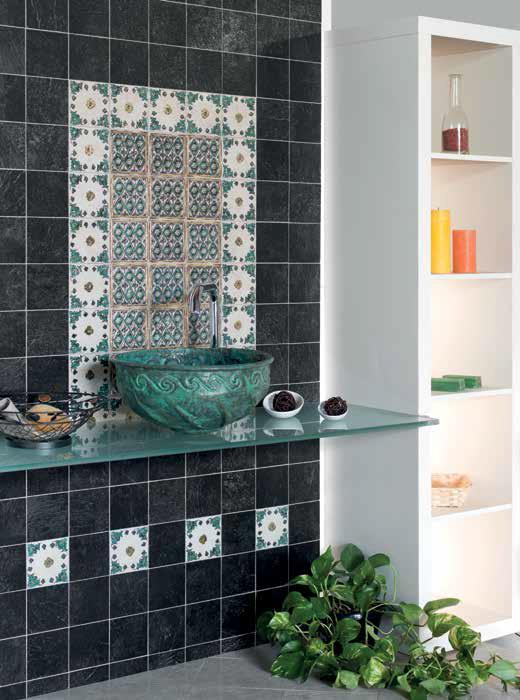 Dekor  v malé koupelně Eco Ceramica Stil Prato Oro, Rombi Verde Oro & Nero
