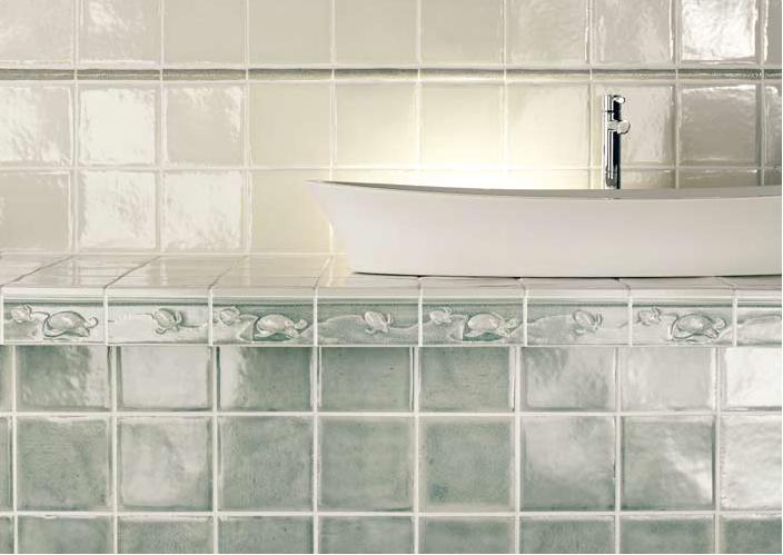 Zelené a bílé retro obklady do koupelny Settecento The Traditional Style