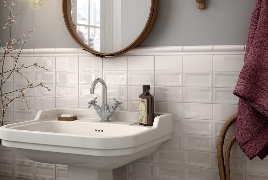 Zajímavé obklady do koupelny v bílé barvě Equipe Evolutin InMetro